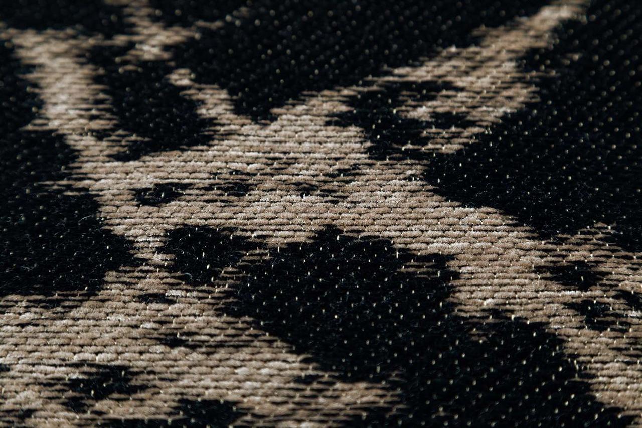 Pietra black honey Stone collection by Maciej Zień